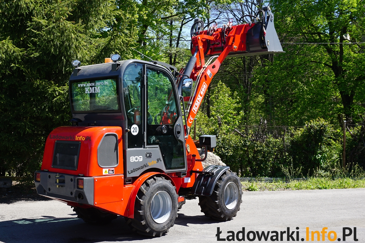 ładowarka-kołowa-KMM-908 - fot 7L