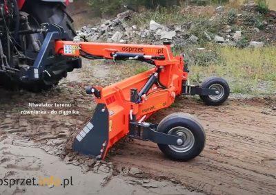 Niwelator -równiarka-terenu-ZGT - FOT 3L